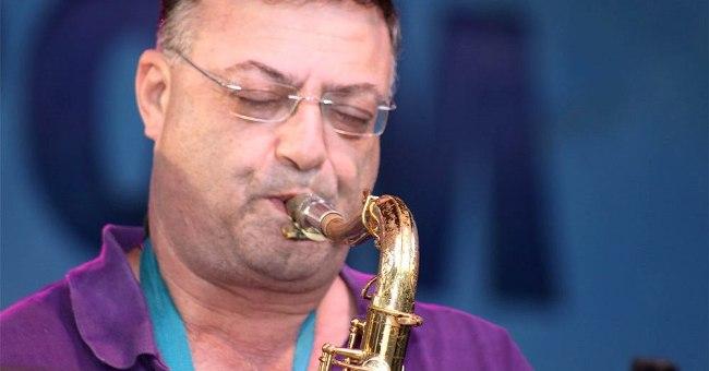 עמיקם קימלמן משתף מניסיונו העשיר ומספר איך מתקדמים במוסיקה