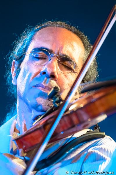 יאיר שלאל צילמה גנגי איך תצלמו תמונה מושלמת: טיפים של צלמת מוסיקה